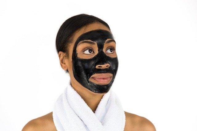 Tout savoir sur l'argile verte pour les soins du visage et du corps